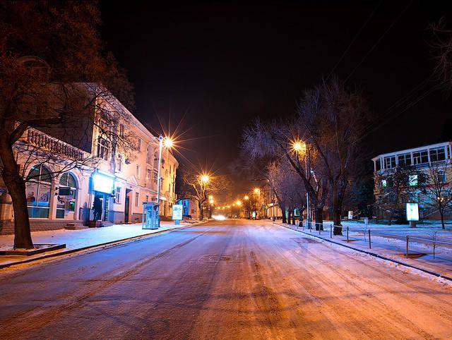 На улицах Севастополя засияет светодиодное освещение