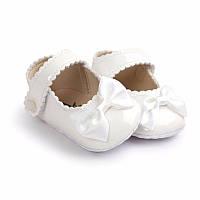 Детские нарядные лаковые пинетки туфельки для крестин девочки Белый