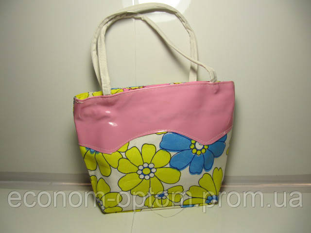 Детская сумочка в цветочек 17х22 см