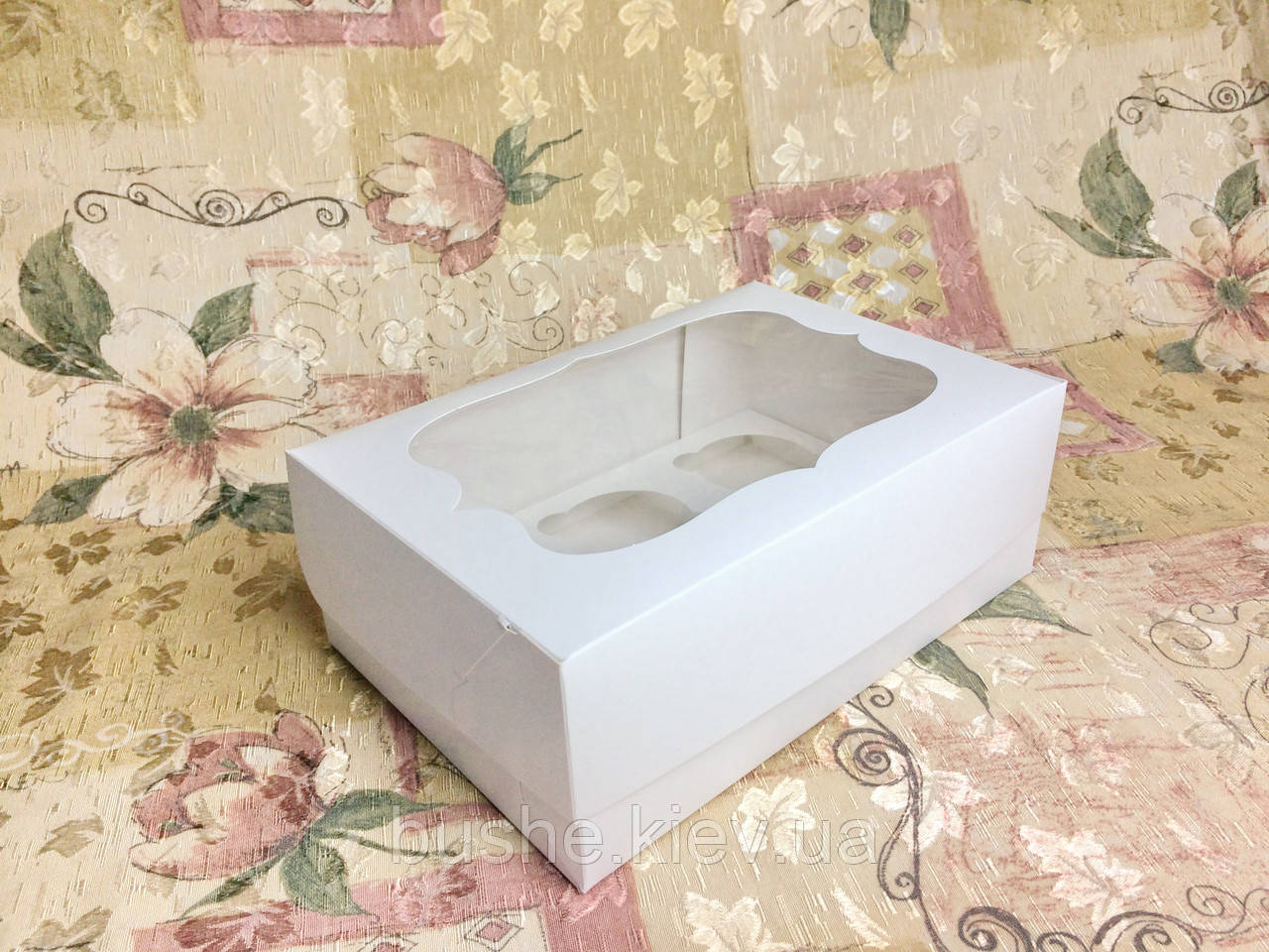 Коробка для 6-ти кексов / 250х170х90 мм / Белая / окно-обычн