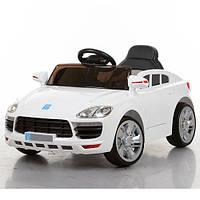 Детский электромобиль Porsche M 3272 EBLR-1 белый, кожаное сиденье и мягкие колеса