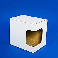 Картонная коробка для чашки с окошком