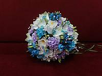 Свадебный букет-дублер из орхидей бирюзовый с белым и сиреневым