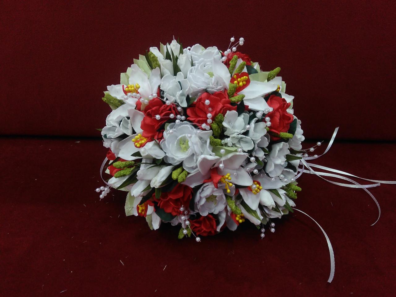 Свадебный букет-дублер из орхидей белый с красным