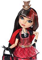 Кукла Сериз Худ Шляпно-Чайная вечеринка (Hat-Tastic Cerise Hood Doll)