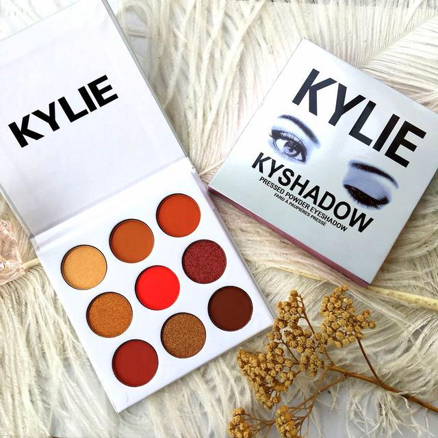 Палетка теней Kylie Jenner Kyshadow the BURGUNDYPalette