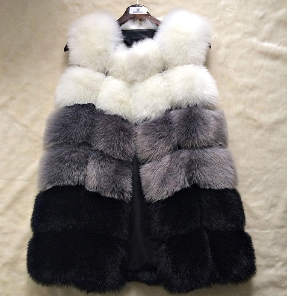 Зимний меховой жилет для женщин.