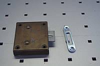 Замок мебельный квадратный 30х58 металл латунь