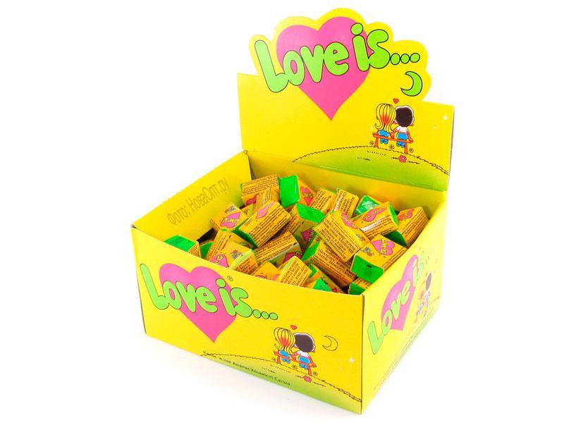 Жвачка Love is вкус кокос-ананас (упаковка 50 штук)