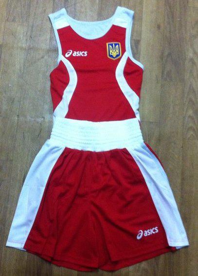Форма ASICS боксерская красная (трусы, майка)