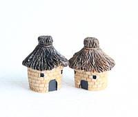 Домик под сеном