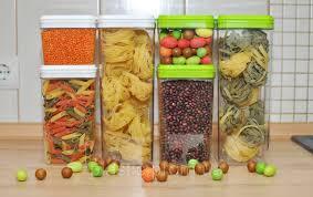 Ємності для зберігання їжі