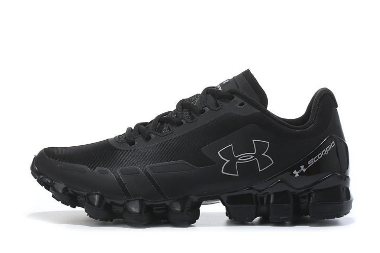 00112840 Баскетбольные кроссовки Under Armour Mens UA Scorpio Running Shoes Black