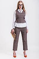 Женский брючный костюм с жилетом