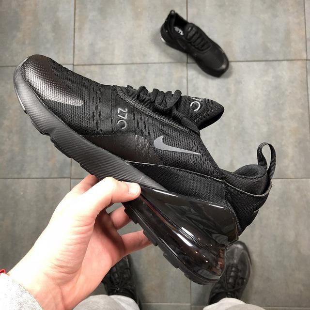 26ffe688 Описание Кроссовки в стиле Nike Air Max 270 Triple Black мужские