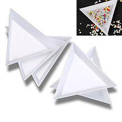 Поддон для декора в форме треугольника