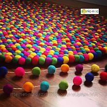 Килими з повстяних кульок, валяні килими, різнокольорові незвичайні килими купити Київ