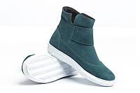 Демисезонные зеленые замшевые ботинки на липучке
