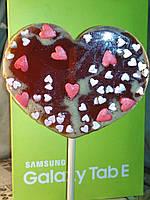 Сердце красное с сердечками, леденец на палочке, 13 см, подарок к празднику