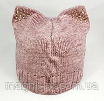 Женская вязаная шапка с кошачьими ушками. Розовый меланж.