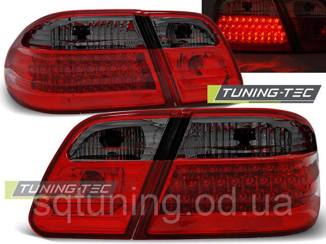 Задние фонари MERCEDES W210 95-03.02 RED SMOKE LED
