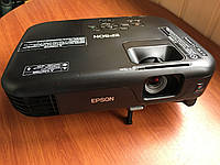 Мультимедійний проектор Epson EB-S02