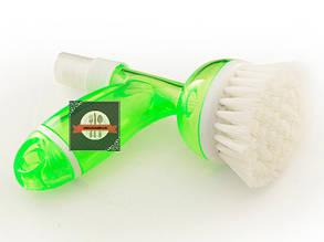 Щетка из пластика 12х7х14см с пульверизатором для моющего средства 2-в-1 Fissman