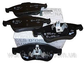 Комплект передних тормозных колодок на Рено Доккер, Дачиа Доккер/ Renault ORIGINAL 410607115R