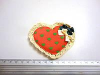 Сердца из ткани с кружевом и бантами