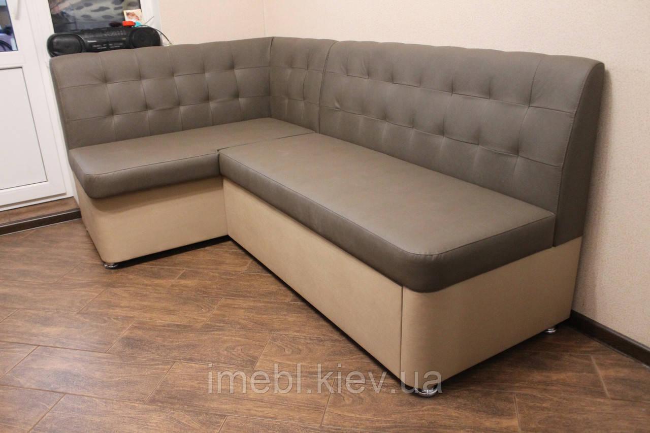 Кухонный угловой диванчик в кожзаме