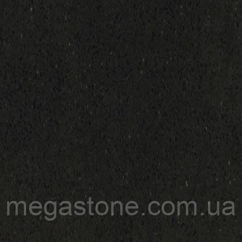 6100 Black Noir