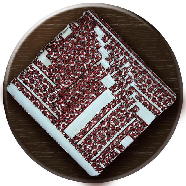 Скатерть с украинской вышивкой
