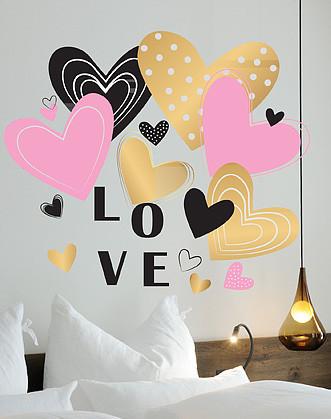 """Наклейка на стіну - подарунок дівчині """"LOVE"""""""
