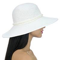 Шляпа с жемчугом белая