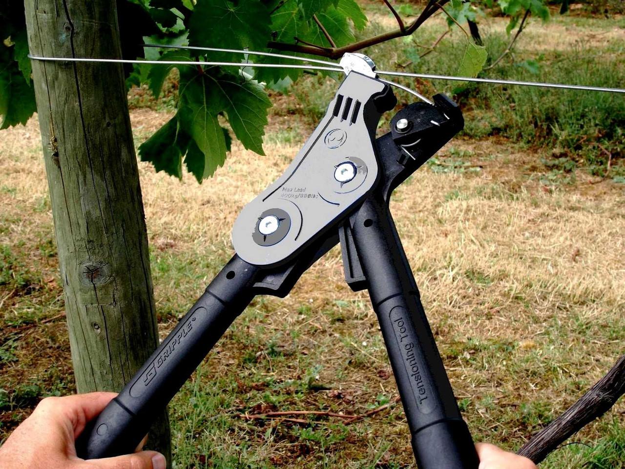 Инструмент - натяжитель для проволоки - шпалеры GRIPPLE (Великобритания)