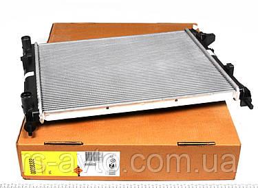 Радиатор охлаждения Renault Trafic, Рено Трафик 1.9dTi, dCi 01- (+AC) 58332