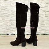 Замшевые коричневые ботфорты на устойчивом  каблуке демисезонные, фото 3