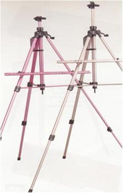 Мольберт тренога D.K. ART - CRAFT аллюминий, красная темная,  h-138см, h полотна до 83см 15304