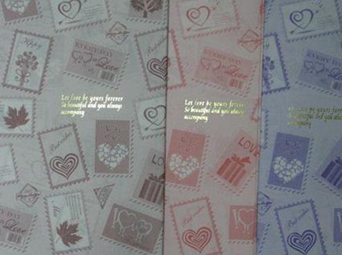 Бумага упаковочная LINE ART №15 62*62см Почтовые марки. Love