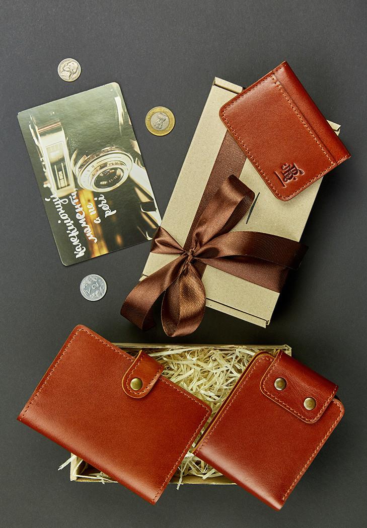Подарочный набор коньячный (портмоне, обложка на паспорт, кард-кейс, открытка) ручная работа
