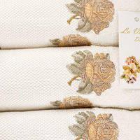 La Villa  набор полотенец DI THREE ROSES 3 LU HAVLU SET 30х50, 50х90, 70х140 KREM