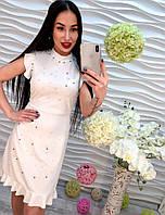 Красивое белое платье из полиэстера