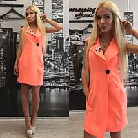 Летнее платье-жилет на пуговице с брошью в ассортименте расцветок tez31031554