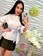 Элегантная женская блузка под пояс белого цвета