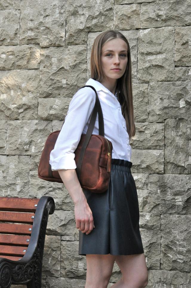 """Жіноча шкіряна сумка """"Travels"""" ручної роботи"""