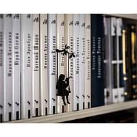Закладка для книг Девочка на качелях
