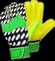 Перчатки вратарские c защитными вставками Predator (p. 7,8,9)