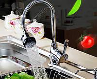 Смеситель для воды на гибкой ножке струя-душ медный