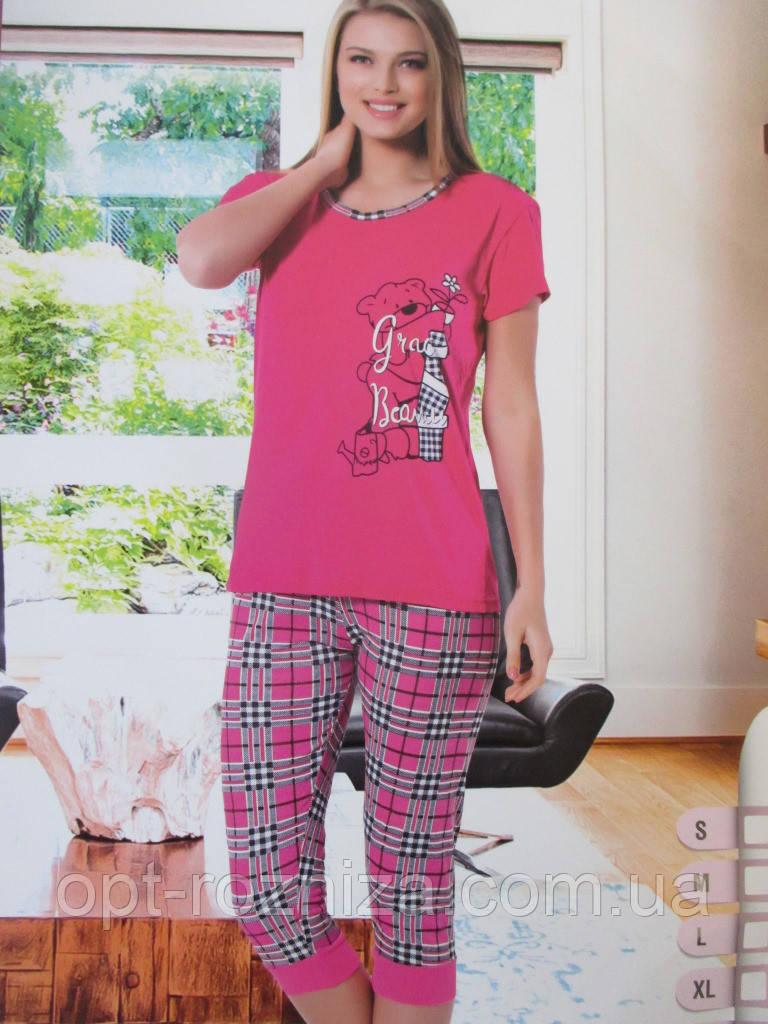 Удобные женские пижамы с бриджами.