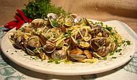 Лапша с моллюсками и креветками